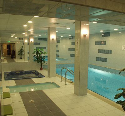 Swimming pool of Hotel Zuglo - 3-star hotel in Budapest - Wellness hotel - Wellness center Budapest